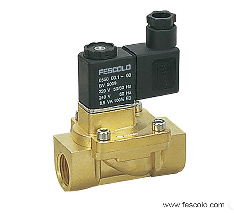 Pilot operated solenoid valve